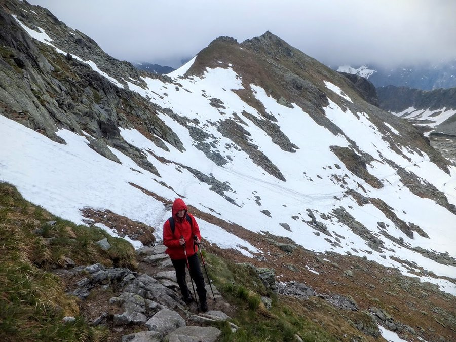 Hiking in Tatra mountains in June