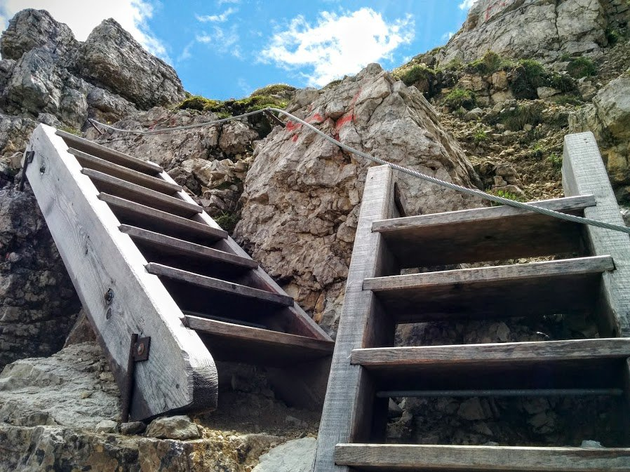 Hiking trails on Monte Piana, Dolomites