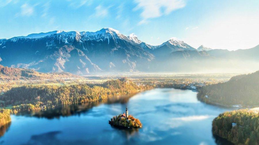 Lake Bled Slovenia.jpg