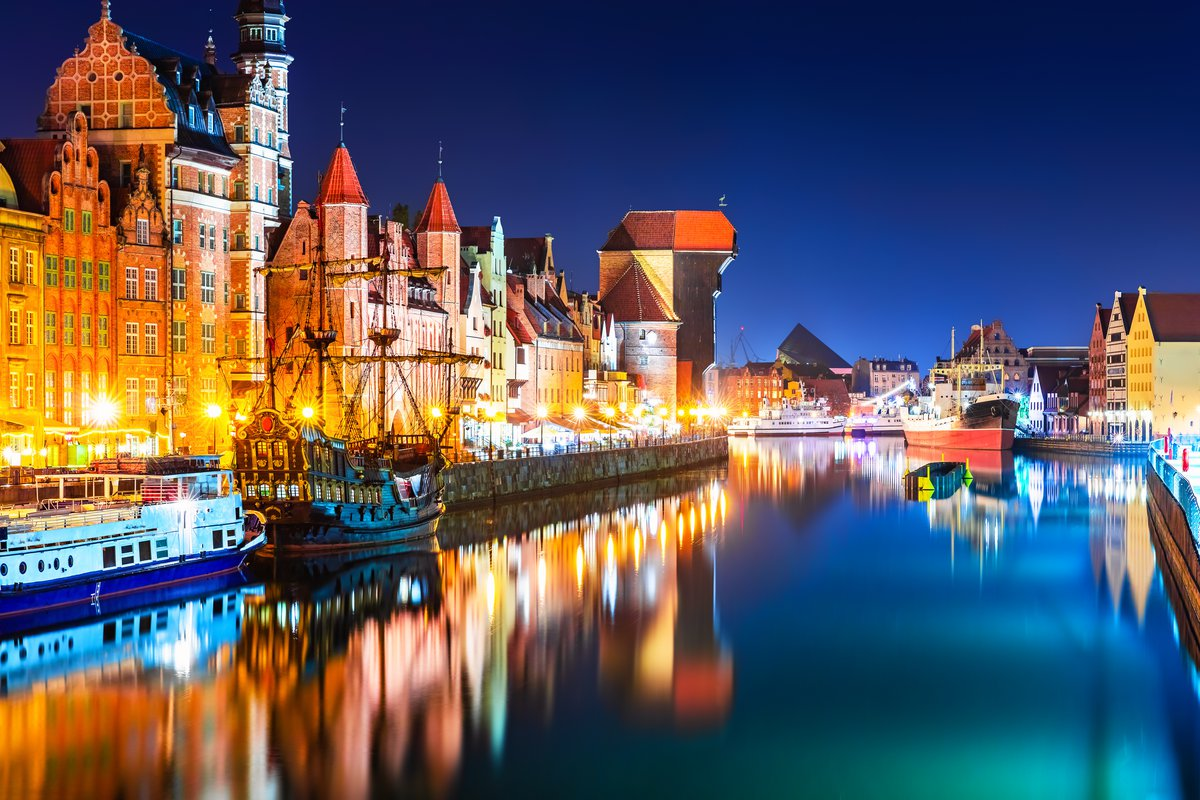 Gdansk top attractions - Motlawa river