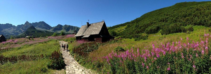 Hiking trail in Tatra National Park