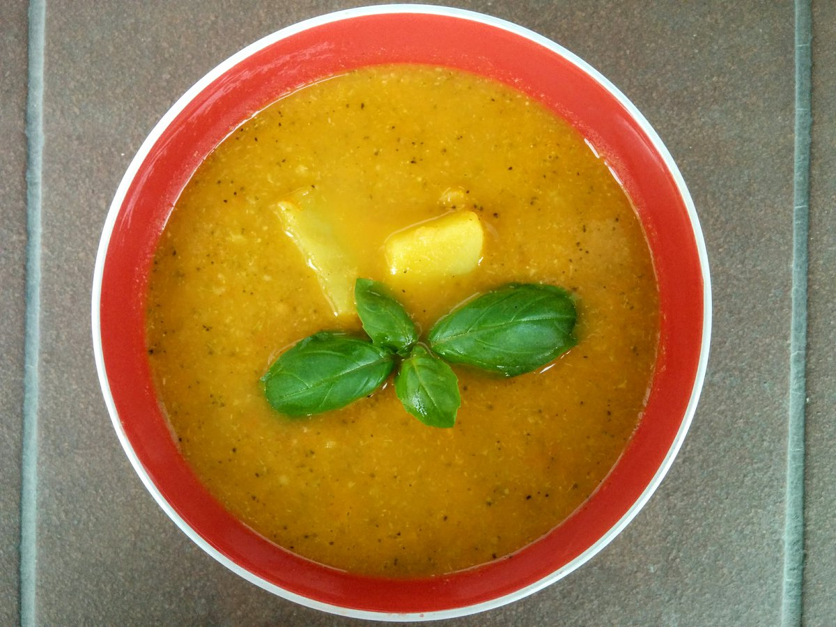 Quick and easy vegetable soup which everyone will love